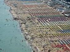 Rimini, un'altra abbronzatura canzone