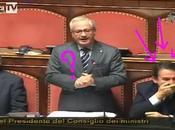 Gaffe Senato: Senatore rende omaggio Martina Colombari
