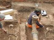 passato Leicester: cimitero cristiano-pagano