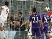 Roma sbanca Firenze, nulla fatto Chievo Cagliari