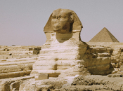 Egitto: Sfinge Giza grande foro sulla testa.