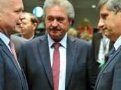 L'Europa nella notte decide armare ufficialmente terroristi Siria