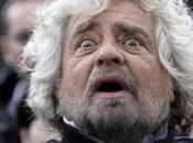 Grillo imbronciato: stupidi Italiani, bastardi giornalisti. nuovo puerile.