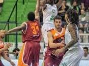 Sempre Hackett, Siena vince Roma
