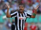 """[FOTO] Juve, Melo contro Tuttosport: """"Sono bugiardi"""", difensore s'infuria Twitter!"""