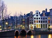Amsterdam turisti, cosa davvero legale?
