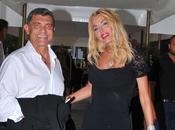 Valeria Marini «Non sono incinta» scatta querela