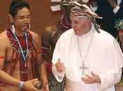 """Rio, Bergoglio indios """"Adesso salviamo l'Amazzonia"""" (Marco Ansaldo)."""