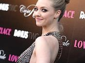 Seno cadente Amanda Seyfried carpet Lovelace