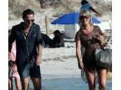 Kate Moss vacanza Formentera: bikini leopardato (foto)