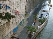Estate cafona: come allestire lounge finto-chic sulle banchine tevere scenario meta' bronx anni favelas calcutta
