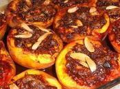 Dessert facile alla frutta: pesche ripiene cacao,amaretti,mandorle Marsala