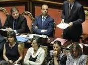 Berlusconi dimettere ministri avvia crisi Governo