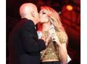 Ilary Blasi Claudio Bisio, bacio palco Roma (foto video)