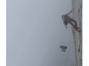 Funamboli sulle Alpi francesi l'intimo Paul Smith (video)