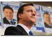 inghilterra conservatori sono considerati nettamente favoriti. campagna elettorale visto crescre figura liberal-democratici gaffe brown pensionata