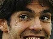 "Brasile, kaka twitter: ""balliamo samba, robinho suona meglio brazil, ""we're dancing, plays better than"