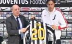 Juventus: presentato Luca Toni...indosserà maglia n.20.