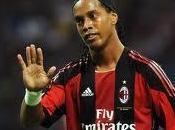 Milan, addio Ronaldinho: ufficiale l'accordo Flamengo