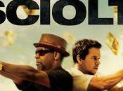 """Ecco prima clip ufficiale """"Cani Sciolti"""" film d'azione diretto Baltasar Kormákur, interpretato Denzel Washington Mark Wahlberg, nelle sale italiane prossimo ottobre."""