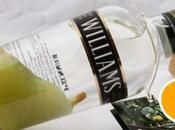 Come mettere pera nella bottiglia della grappa?