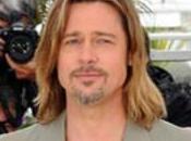 Angelina Jolie: «Mio marito Brad Pitt puzza come cane»