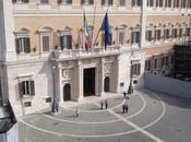 Omofobia, stelle, Renzi, Datagate, spazzatura: settimana 'vista' Candido