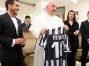 [VIDEO] Tevez Papa Francesco famiglia