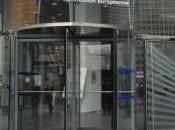"""""""porte girevoli"""" dell'UE fanno entrare lobby uscire fiducia"""