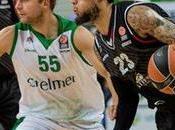 Milano ancora Siena vince continua sperare
