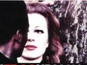 L'eros Holding, Brass ritrovato alla scandalosa Romina Power giovane