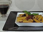 Penne salsiccia,melanzane pomodori secchi Cabernet Sauvignon