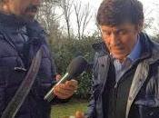 """Stasera Canale """"Striscia Notizia"""" tapiro d`oro Gianni Morandi Presidente Onorario Bologna, dopo cori razzisti contro napoli"""