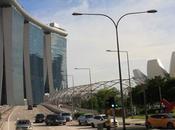 Lavorare stanca, anche Singapore