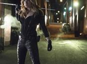 """""""Arrow"""": svolta lesbica scena taglia"""