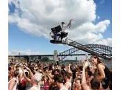 Mega flash Sydney: centinaia coppie ballano piazza (video)