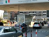 """Corriere Ticino: """"Zitto frontaliere, sgobba paga tasse"""""""