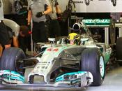 Test Bahrein: Mercedes cerca risolvere problemi cambio nuova apertura cofano motore