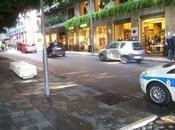 Area pedonale cairoli messina negozi chiusi segno protesta
