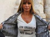 Scandalo baby squillo Roma: indagato anche marito Alessandra Mussolini, scambiava messaggi ragazzine minorenni
