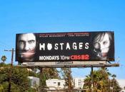 Hostages Crisis, serie cugine confronto