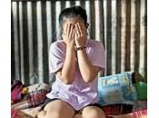 """""""Mia mamma venduto verginità"""": orrori minori Cambogia"""