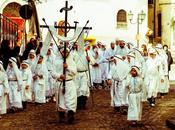 confraternite Vico Gargano loro canti giro Puglia