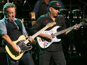 "BRUCE SPRINGSTEEN Suona Dallas ""Jump"" HALEN (video)"