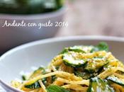 figlia Carosello: spaghetti zucchine, porro polvere pistacchio