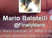 Mario Balotelli incontra prima volta: padre figlia insieme Napoli foto