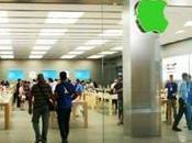 Logo Apple Store colore verde Giornata della Terra