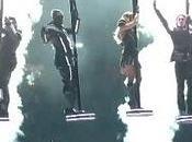 """""""Super Bowl"""" piovono piselli. Black Eyed Peas alieni sembrano quelli!"""
