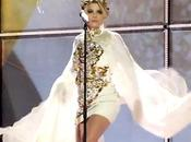 Emma Marrone all'Eurovision: vestito alza polemica video