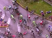 Maxi-Caduta Giro d'Italia: ritirano Caruso, Vicioso Rodriguez